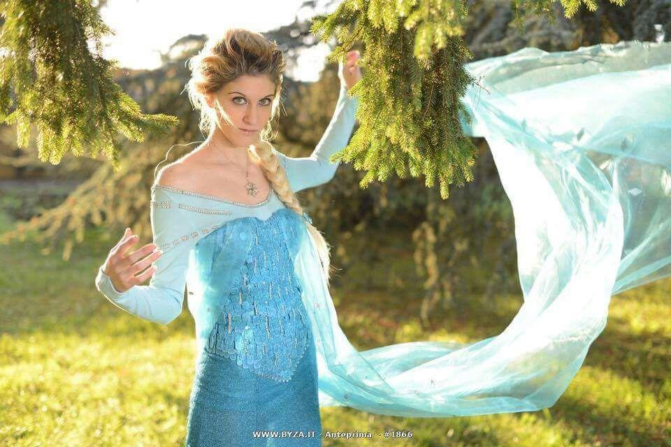 sfilata cosplay let's go shopping spring festival le nuove vie gorizia