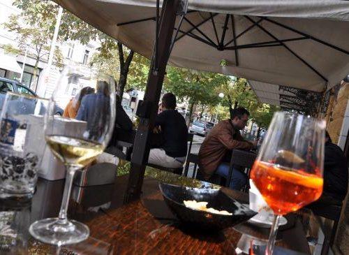 caffe-garibaldi aperitivo dj spring festival le nuove vie gorizia